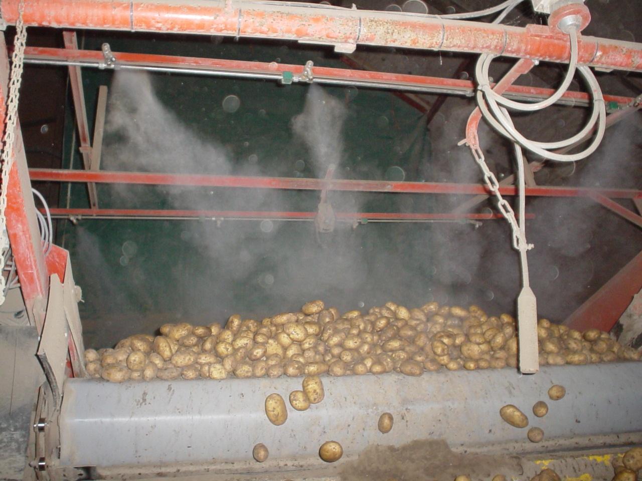 Bakker Reldair stof vermindering en geurreductie bij aardappelsorteer